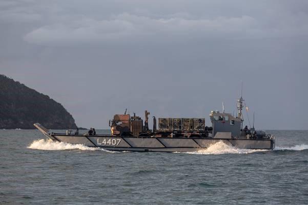lanchas LLC de los buques ALHD australianos
