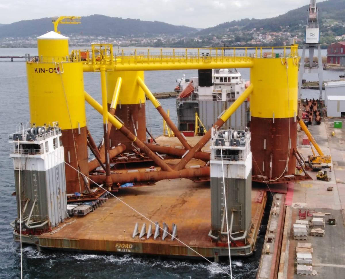Entrega plataforma flotante para el parque eólico de Kincardine